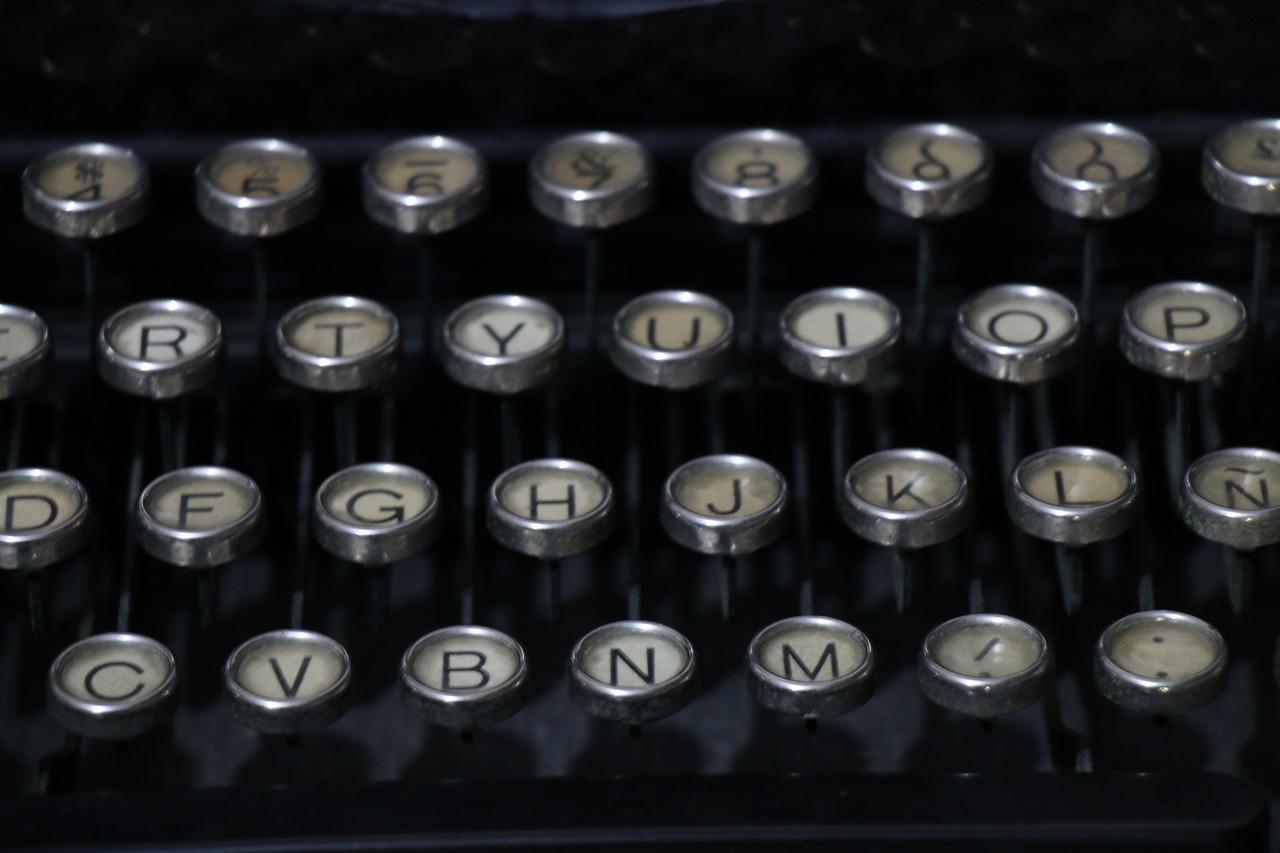 Zdjęcie główne #971 - Frazy, które sprawią, że przyciągniesz tłumy czytelników na swój blog firmowy